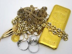 本日の買取相場はこちら 切れたネックレスや 壊れた指輪、片方だけのピアスでも、1g単位からでもお買取り致します。